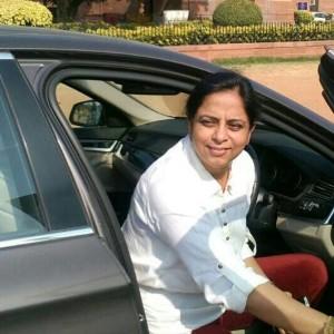 Dr. Harinder Arya
